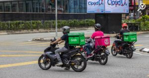 grabfood-foodpanda-income